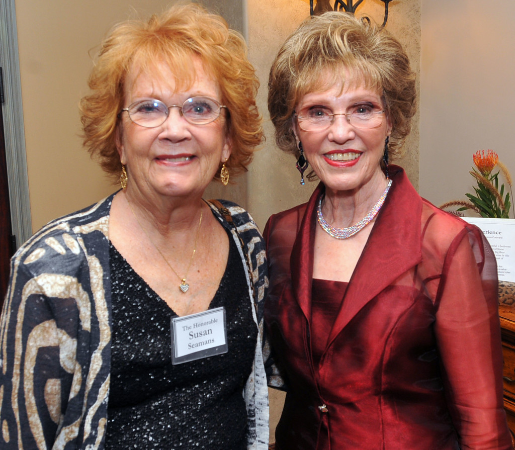 H.E.L.P. Honorees Susan Seamans, former Mayor of Rolling Hills Estates, and DeDe Hickes, President and CEO of the Volunteer Center